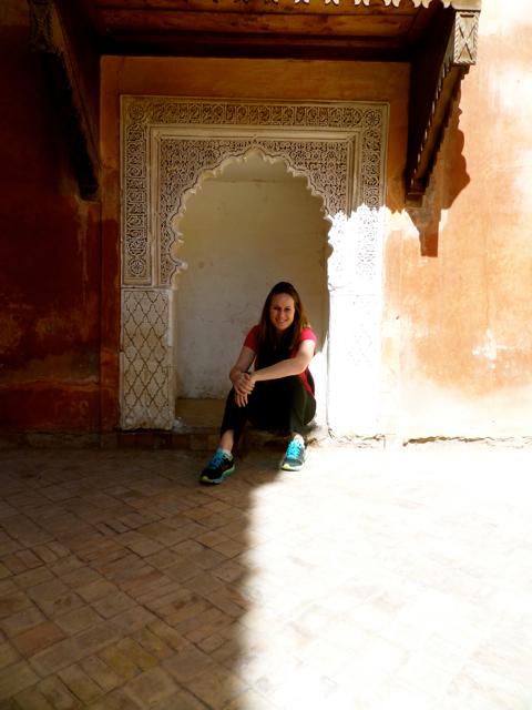 Travel blogger Lauren Salisbury of Something In Her Ramblings shares tips for women travelling to Marrakech.