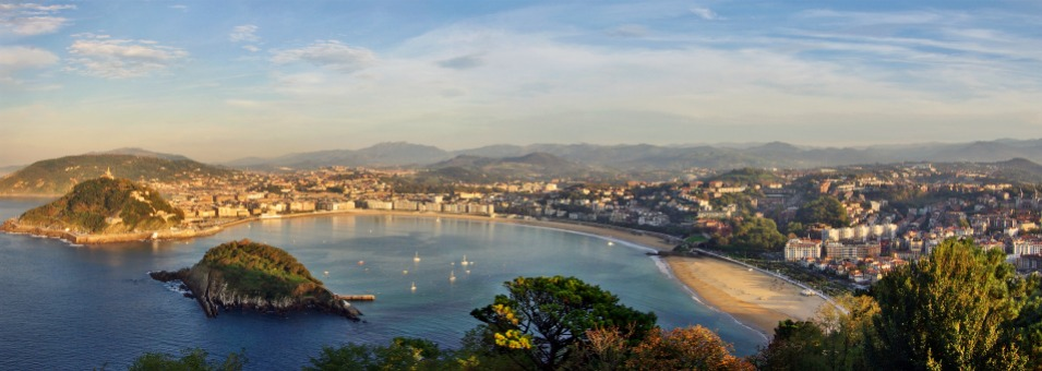 Stoke_Travel_San_Sebastian_Bay_Panorama1
