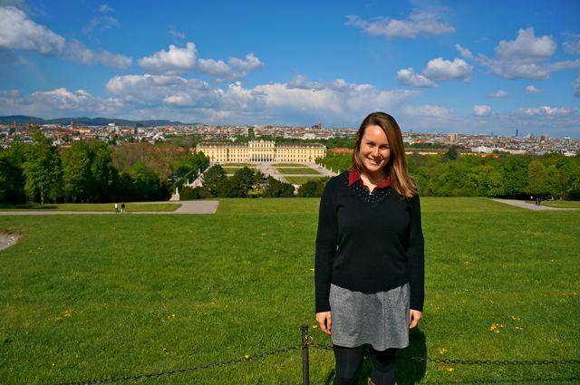 Travel blogger Lauren Salisbury of Madrid travel blog Something In Her Ramblings visits Schönbrunn Palace in Vienna.