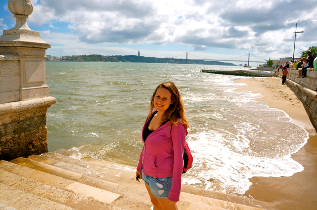 Travel blogger Lauren Salisbury of Something In Her Ramblings visits Lisbon, Portugal