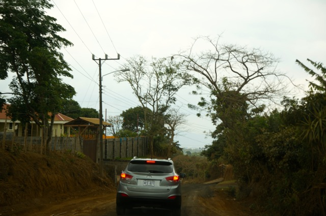 Should I rent a car in Costa Rica? Tips for driving in Costa Rica.