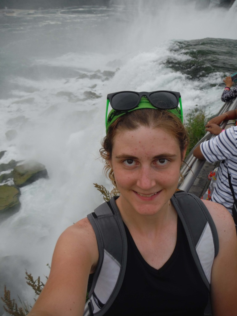 solo trip to Niagara Falls Jessica Lippe visits the falls
