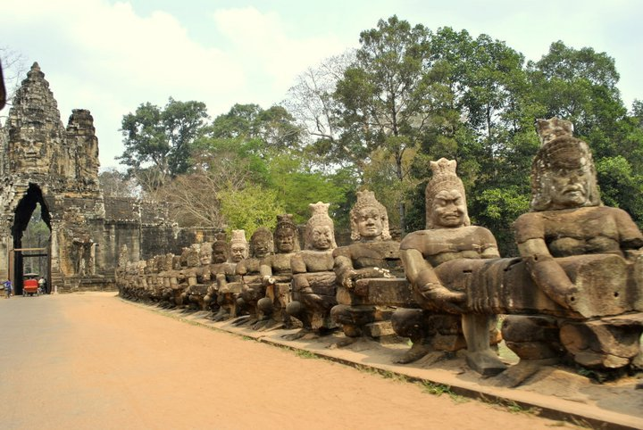 solo travel in cambodia