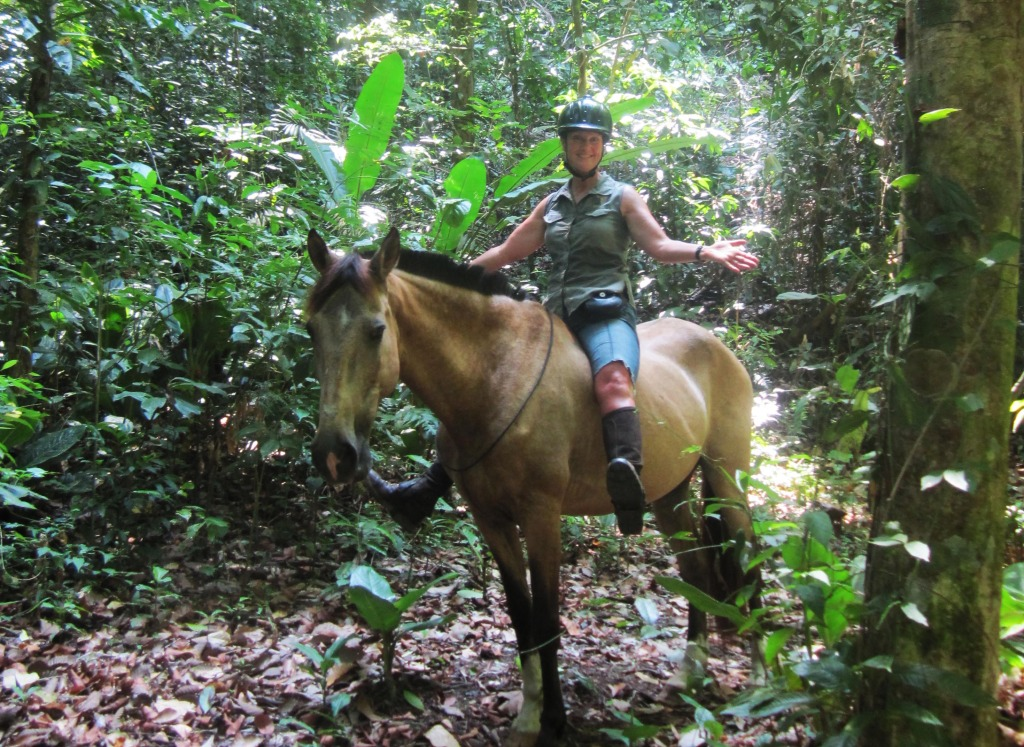horseback riding vacations in costa rica jungle