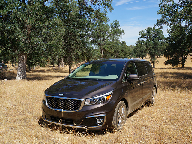 kia sedona ultimate road trip vehicle 5