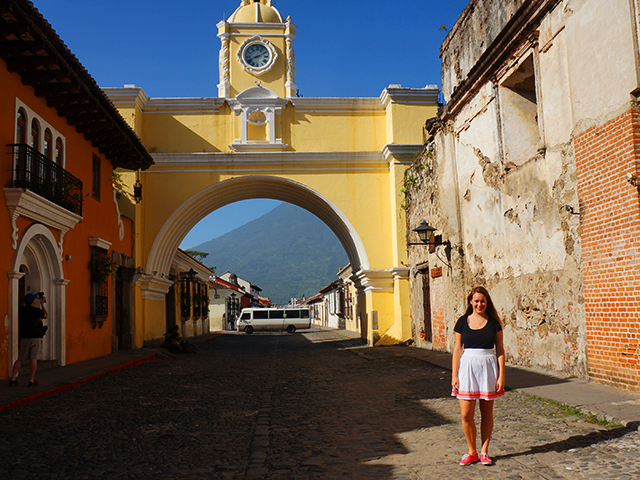 photos of antigua guatemala arch