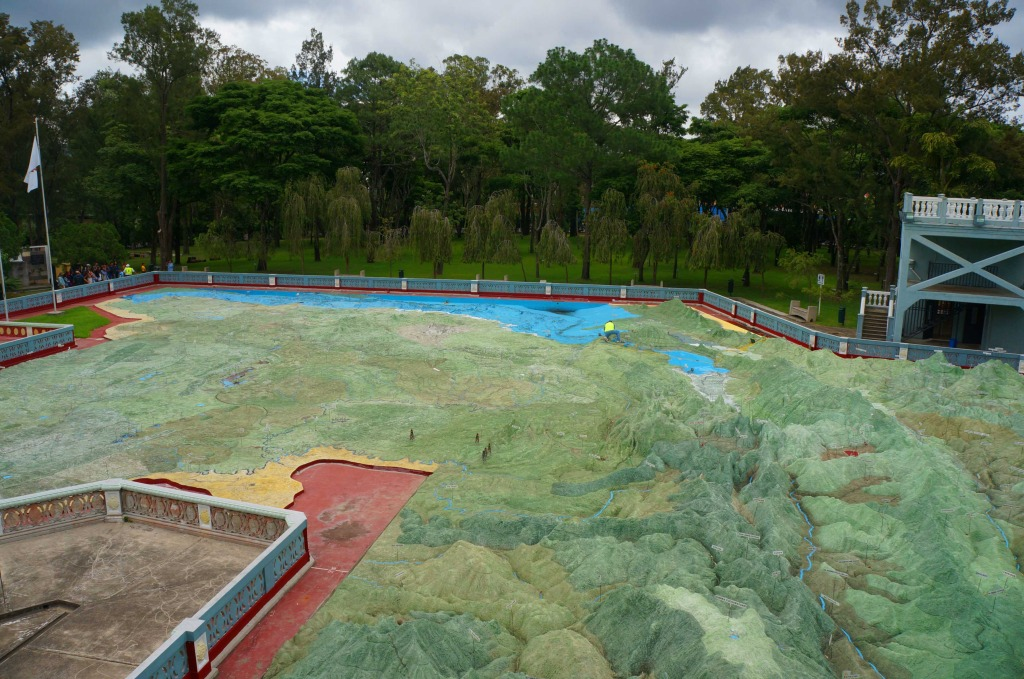 reasons to visit guatemala city- guatemala relief map