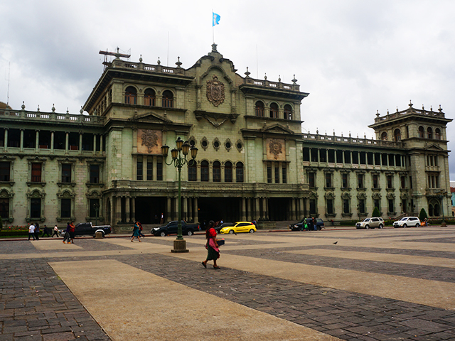 reasons to visit guatemala city- national palace