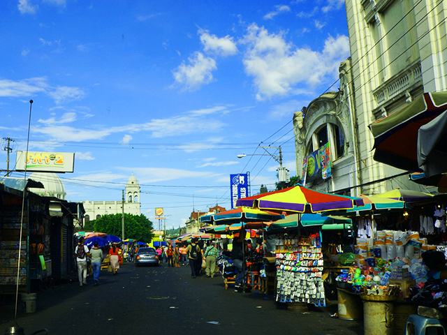 what to see on a layover in el salvador - streets of san salvador
