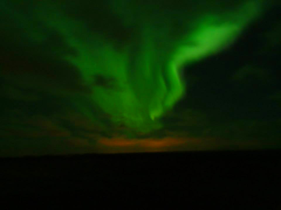 Traveling Alone in Iceland- northern lights