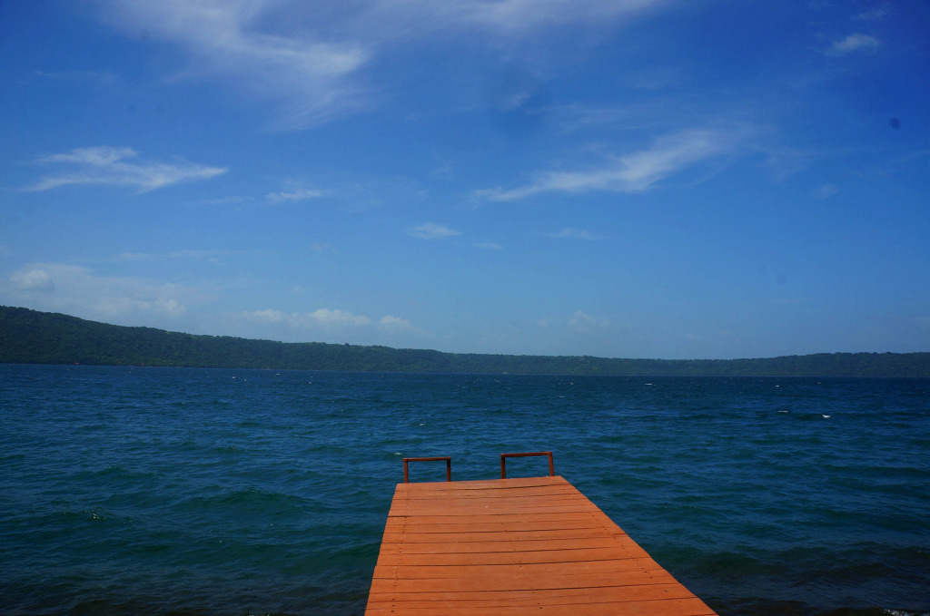 laguna de apoyo photo dock