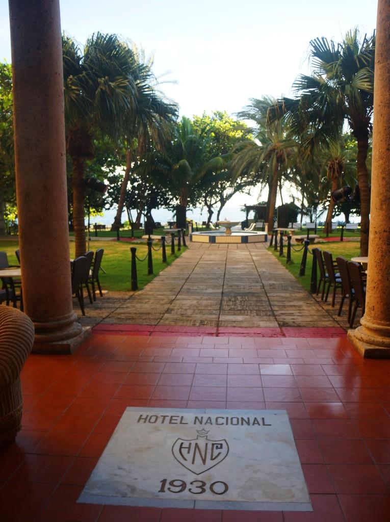 hotel nacional de cuba- garden entrance