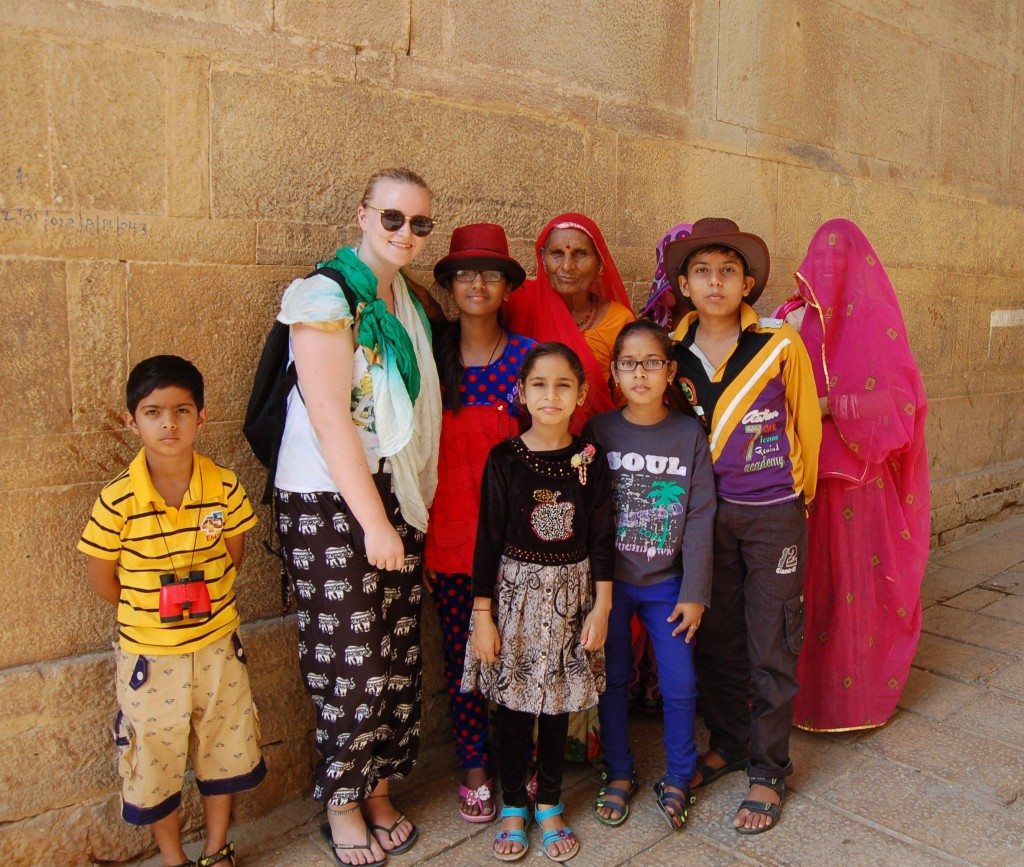 solo travel in india making friends