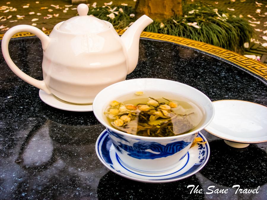 Chinese tea-cup-Suzhou-gardens