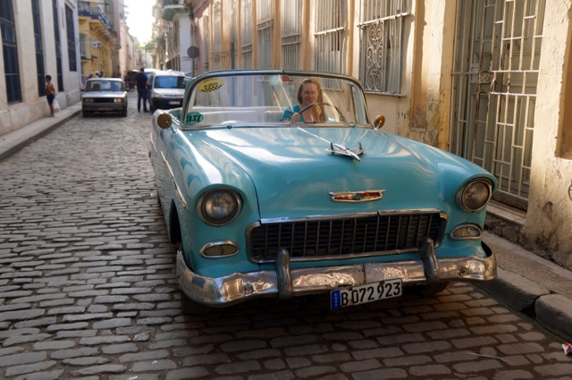 Safety Tips for Women Traveling Solo cuba