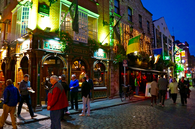 Ireland Road Trip Itinerary Temple Bar