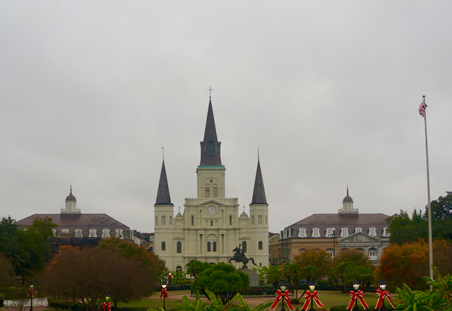 walking tour of new orleans cathedral